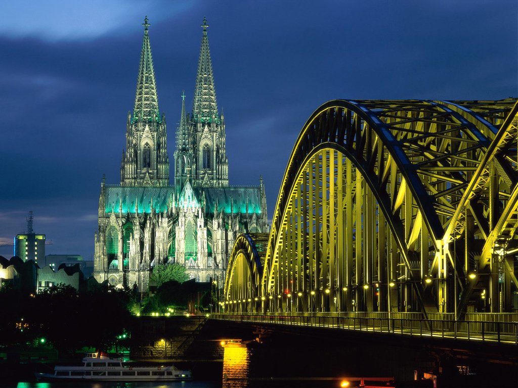 A Tour In The Most Beautiful Land ! Germany