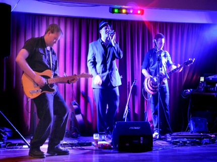 Choosing The Right Function Band For Your Event