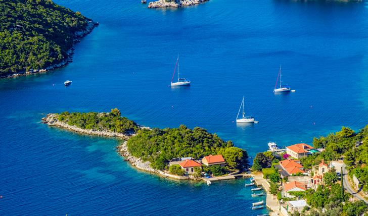 KRK Island CROATIA- VILLAS AND APARTMENTS FOR RENT