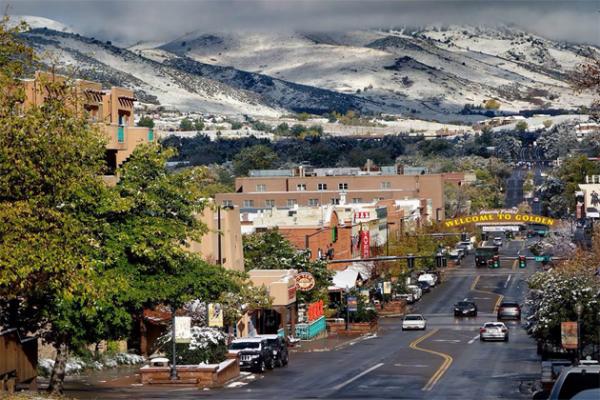 Vacations That Make Denver, CO Unique