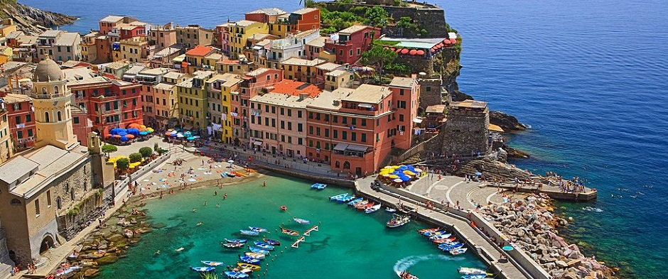 Collection Of Top 5 Hotels Booking Portals