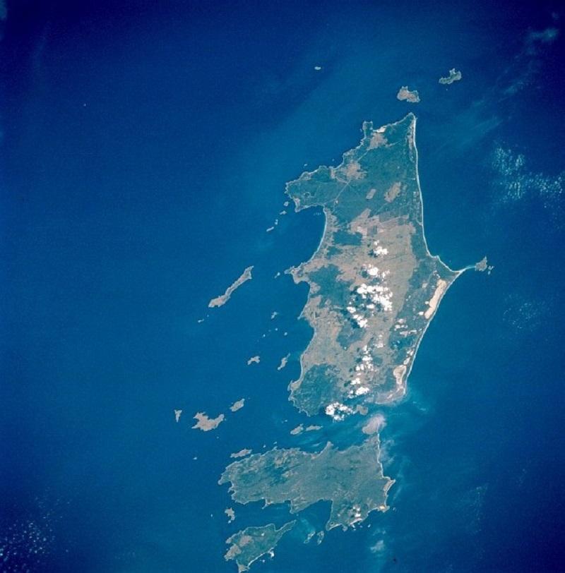 Trousers Point, Flinders Island, Tasmania
