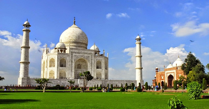Explore Agra Through Palace On Wheels Train